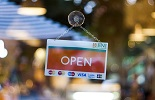 Hoe bereidt u zich als retailer voor op offline piekmomenten wanneer de winkels straks weer opengaan?